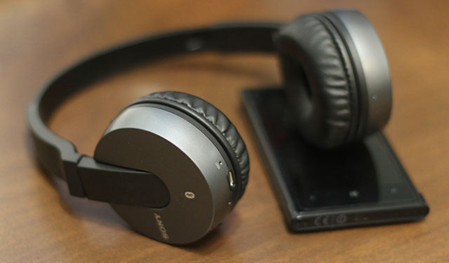 Sony-MDR-ZX550BN
